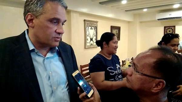BILIRAN. US civil lawyer Mc Donald Worley talks to local media regarding the civil case to be file against US