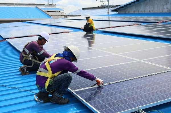 SUSTAINABILITY MADE POSSIBLE. The rooftop solar power system installed by ET Vivant Solar at the Treasure Island Industrial Corp. compound in Barangay Tingub, Mandaue City is designed to generate 1,400 kWp of renewable energy for its iPak packaging division. (Contributed photo)