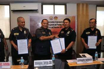 MANILA. Signing of the memorandum of agreement between the Bureau of Jail Management and Penology and Bureau of Fire Protection on Tuesday, March 19, 2019. (Courtesy of BJMP)
