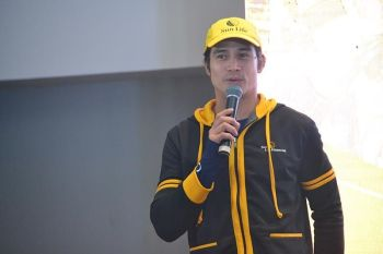 UPBEAT. Celebrity athlete Piolo Pascual of Sun Life Tri Team, during a press conference at Seda Hotel yesterday, says he's excited to be racing for the first time in the Alveo Ironman 70.3 Davao on Sunday. (Reuel John Lumawag)