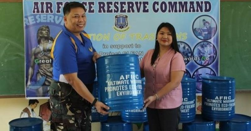 PAMPANGA. AFRC Deputy Commander Col. Samson Perez turns over the trash bins to MTVSHS officer-in-charge Maria Theresa Talavera for the school's Project Glean (Great Leaders leading Environmental Awareness towards No Waste Left Behind) of the Mabalacat Technical-Vocational Senior High School (MTVSHS). (Contributed Photo)
