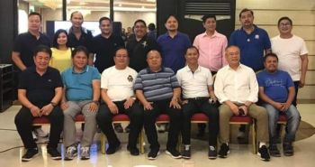 PORAC. Porac Mayor Carling Dela Cruz and Vice Mayor Dexter Albert David joins officers of the newly organized Porac Business Club during its first meeting held at Shanghai Resto, Balibago, Angeles City over the weekend. Joining them are councilors Ralf Canlapan, Ludi Muli, Rudy Enriquez and Michell Bangco. (Chris Navarro)