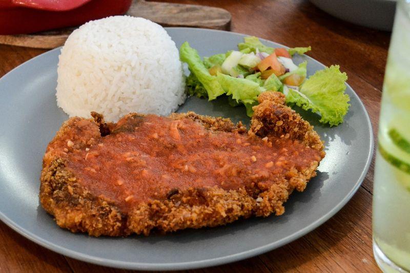 Chicken Parmigiana. (Hulagway ni Reuel John F. Lumawag)