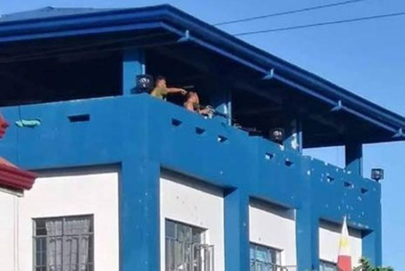 VICTORIA. The rooftop area of the Victoria Municipal Police Station where the 15 police personnel successfully defended themselves during the early dawn attack by suspected NPA rebels on March 28, 2019. (Contributed photo)