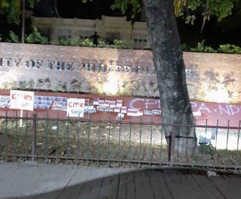 CEBU. Nakugang ang mga tinun-an ug faculty sa University of the Philippines (UP) Cebu campus sa dihang mga wala pa nailhing pundok ang ni-vandal niini ug