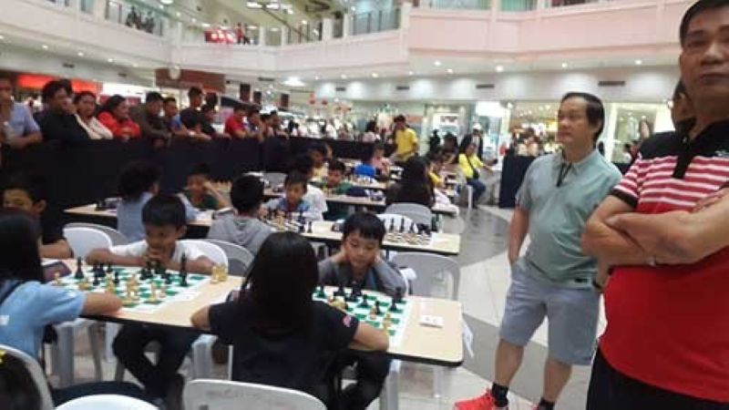 CAGAYAN DE ORO. Big chess event. After the Masters Class tourney's inaugural show at Limketkai Mall come the cash-rich 2nd Robert Tan Memorial Cup in Cagayan de Oro this coming June. (Lynde Salgados)