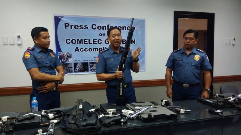 CAGAYAN DE ORO. The chief of Cagayan de Oro City Police Office, Police Colonel Nelson Aganon, presents to the media on Wednesday, April 3, 2019, various firearms that were confiscated at checkpoints and during police operations to implement the gun ban imposed by the Commission on Elections. (Photo by Alwen Saliring)