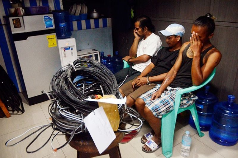 MANILA. Three persons were arrested for stealing electricity in Pasay City on Friday, April 5, 2019. (Al Padilla/SunStar Philippines)