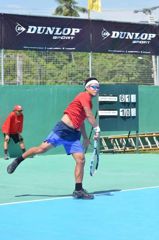 DAVAO. Men's defending champion Johnny Arcilla downplays his title-retention bid in the 3rd Mayor James Gamao Invitational Tennis Tournament set on April 24 to 27 in Panabo City. (Boy Diong Facebook)