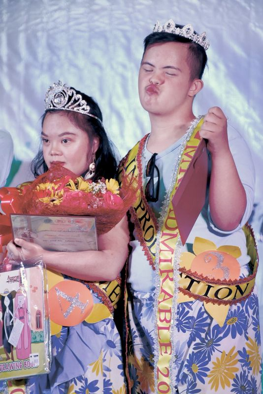 CEBU. Robert Jun Watson and Shayne Russel Calog of St. Martin de Porres Special School are crowned Mr. and Ms. AdmirAble. Watson is also a special awardee for Social Media Sensation and Best in Production while Calog bags awards for Best in Funwear and Social Media Sensation. (SunStar/Allan Cuizon)