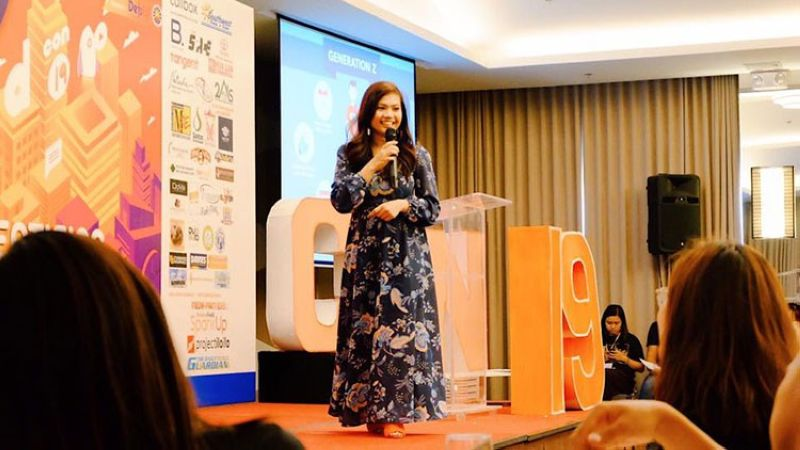 ILOILO. BrandSpeakAsia's President and CEO, Leigh Cecilia de Armas, talks about how Generation Z influences the Digital Market Trends during the recently held Adcon 2019 in Iloilo City, an annual advertising conference hosted by University of the Philippines Visayas Marketing Society Inc. and MarketXV. (PR)
