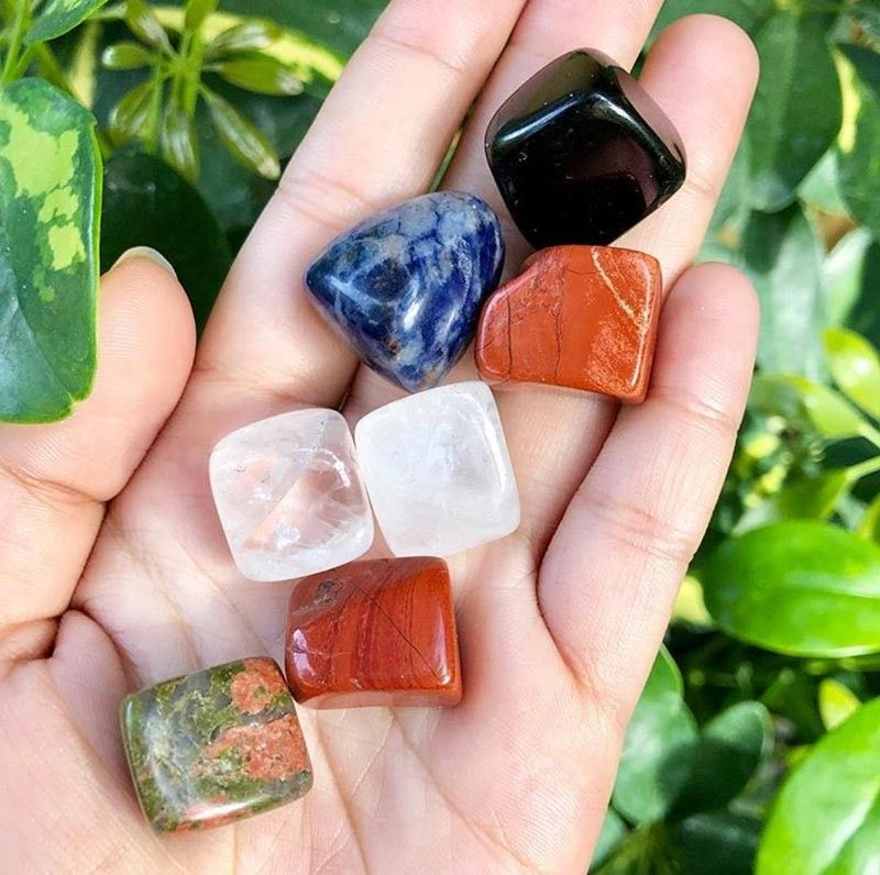 DAVAO. Pocket crystal stones can be as affordable as P100 each. Shown above are: onyx, sodalite, red jasper, unakite, and clear quartz. (Photo by Love, Luna)