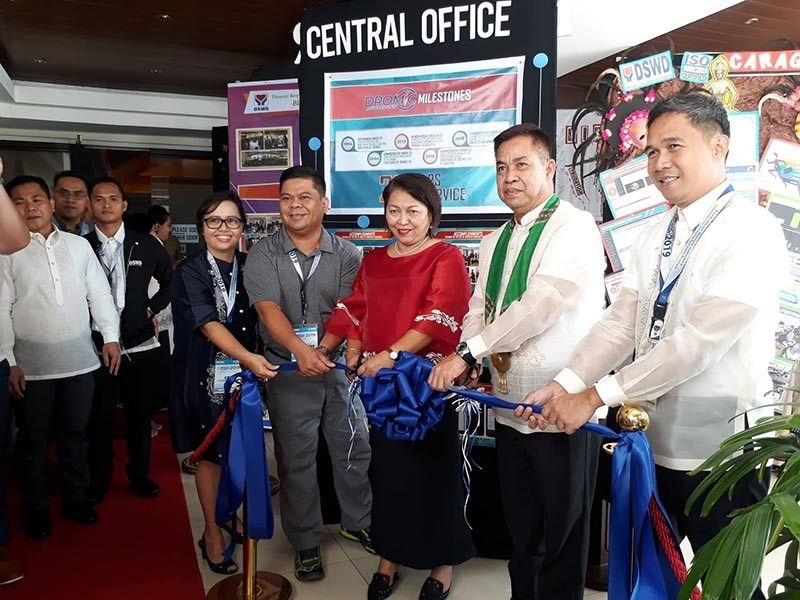 DAVAO. Gallery Ribbon cutting led by DSWD officials during the Disaster Response Monitoring and Information Center (Dromic) Summit 2019 on April 9, at Pinnacle Hotel. (Contributed Photo)