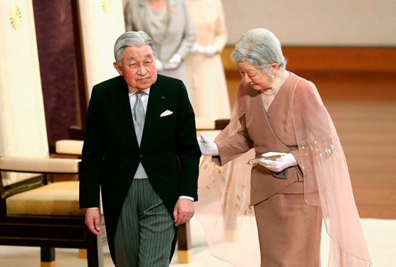 JAPAN. Japan's Emperor Akihito (left) and Empress Michiko (right) leave after the celebration ceremony of their 60th wedding anniversary at the Imperial Palace in Tokyo, Wednesday, April 10, 2019. (Kyodo News via AP)