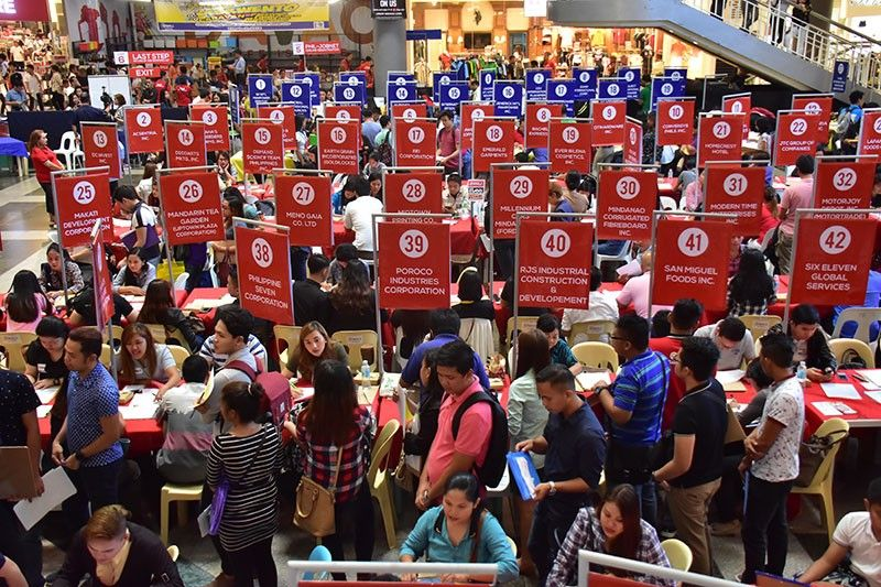 DAVAO. One of the biggest challenge of graduates as they enter the real world is competing with other job seekers in landing a decent job that pays well and gives good benefits. (Macky Lim)