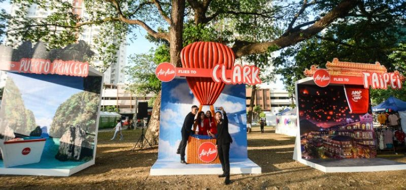 CEBU. To spread more awareness to the Cebuano market, Airasia opened up booths of the direct trips from Cebu to destinations at the Garden Bloc, I.T. Park, Lahug, Cebu City. (Photo by Amper Campaña)