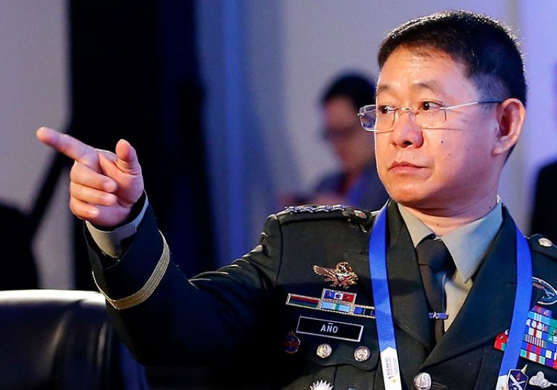 MANILA. In this October 23, 2017 file photo, Philippine Armed Forces Chief General Eduardo Año gestures prior to the start of the Asean Defense Ministers Meeting in Clark, Pampanga. (AP)