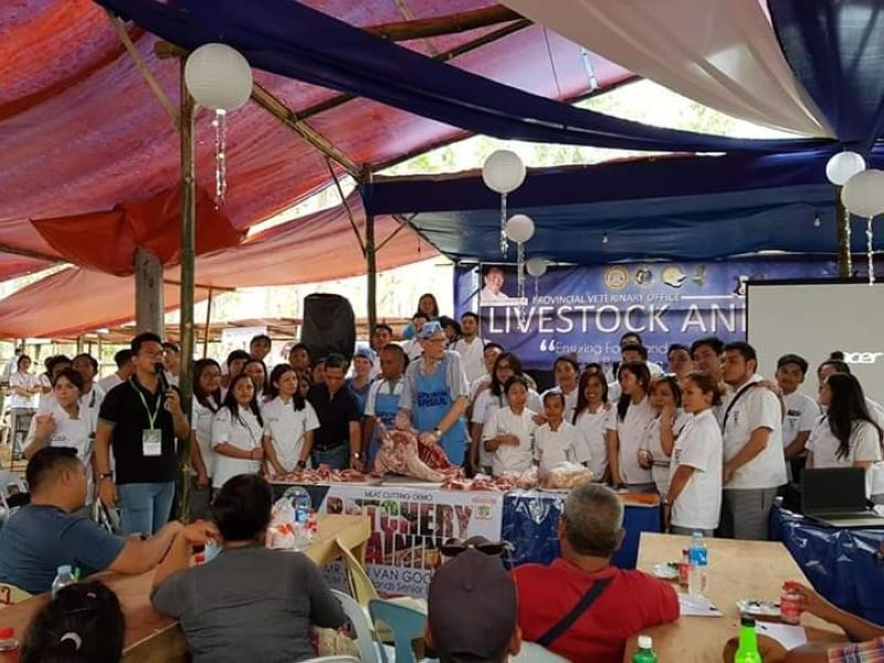 BACOLOD. Livestock and poultry raisers attend a seminar on deboning and meat cutting demonstration by Dutch butchery expert Jan Van Goor during the recent Panaad sa Negros Festival in Bacolod City. The activity was also participated by the students of Institute of Culinary Arts students and local paravets. (Contributed Photo)