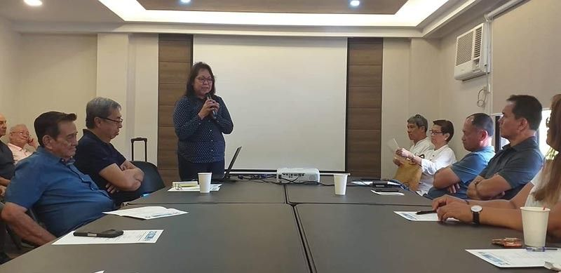 BACOLOD. DOST Undersecretary for Regional Operations Brenda Nazareth-Manzano (standing) speaks during the turnover of the copy of the MOU to the Negros Prawn Producers Cooperative (NPPC) as the newest member of OneLab at the cooperative's laboratory facility in Bacolod City Monday, April 15, 2019. Also in photo, NPPC chairman Roberto Gatuslao (seated left) and vice chairman Raoul Flores (second, second from left). (Erwin P. Nicavera)