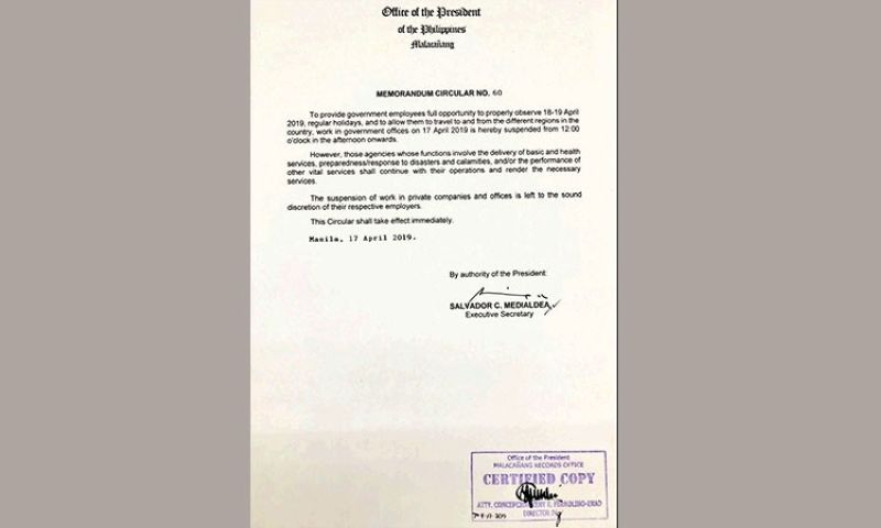 MANILA. Copy of the Memorandum Circular 60 issued by Palace. (Ruth Abbey Gita)