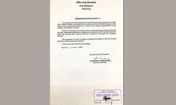 MANILA. Copy of the Memorandum Circular 60 issued by Palace. (Ruth Abbey Gita)