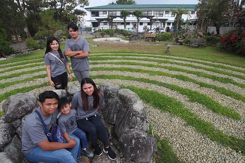 BAGUIO. This year's Lucky Summer Visitors of the Baguio Correspondents and Broadcasters Club (BCBC) visited the Knidos Labyrinth in Lourdes Grotto during their four-day red carpet tour of Baguio and Benguet. (Jean Nicole Cortes)