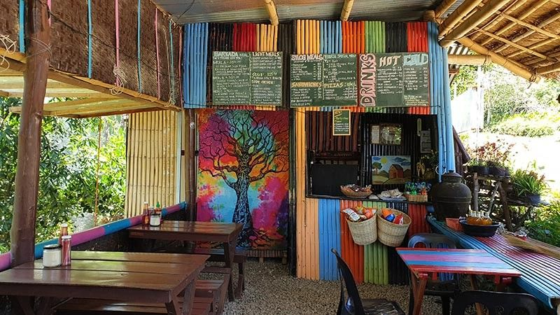 NEGROS. This wall painting adorns this small coffee shop. (Carla N. Cañet)