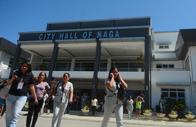 Post-quake scenes in Cebu, Samar