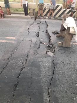 PAMPANGA. The Consuelo Bridge in Floridablanca, Pampanga is closed to traffic due to damage caused by the magnitude 6.1 earthquake that struck Luzon on April 22, 2019. (Photo from DPWH Facebook)