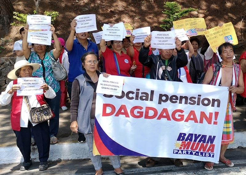 BAGUIO. Senior citizens and retirees hold a rally in front of the Baguio City Social Welfare Administration Office to seek real implementation of the DSWD's Social Protection program, a monetary allowance given to senior citizens who are considered impoverished. (Dave Leprozo Jr.)