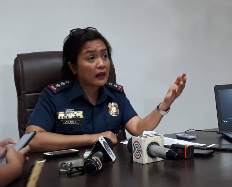 CEBU. Fed up with the accusations against her, Cebu City Police Office (CCPO) director Royina Garma plans to file cyber-libel charges against Eddie Basillote's live-in partner. Basillote's common-law wife earlier accused Garma of threatening to kill her and her family if she refuses to erase the controversial viral video showing six personnel from the Talamban Police Station mauling three men, including Basillote. (Arnold Y. Bustamante of Superbalita Cebu)