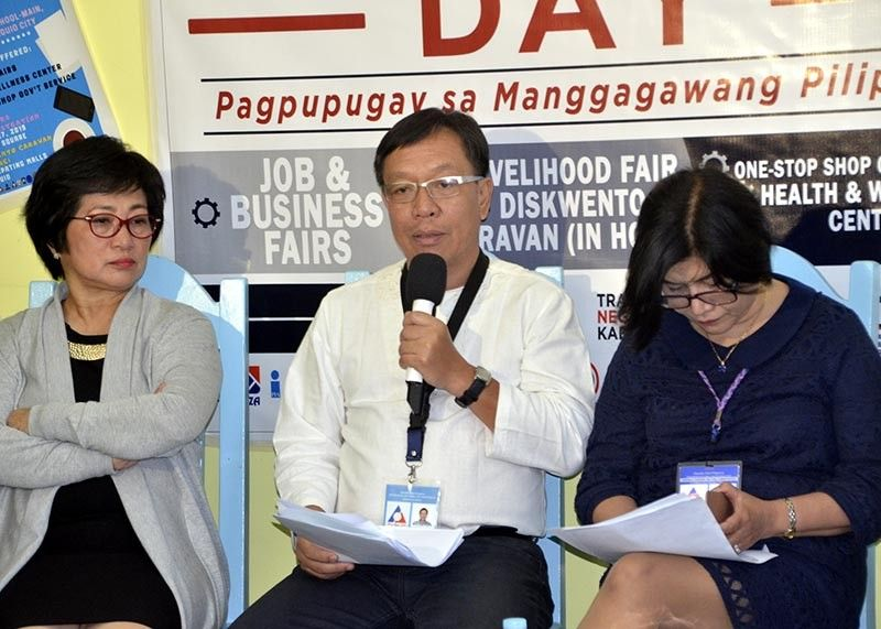 BAGUIO. Cordillera Director Exequiel Ronnie Guzman, in a media forum, calls on job seekers and newly graduates, as well as those who start a business or livelihood to come and join the May 1 Labor Day Jobs Fair at Baguio City National High School. (Lito Dar)