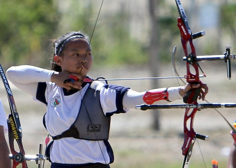 DAVAO. Former Palarong Pambansa gold medalist Charmaine Angela Villamor settles for silver in archery (60 meters) in the ongoing Palarong Pambansa held in Davao City. (Photo by Roderick Osis)