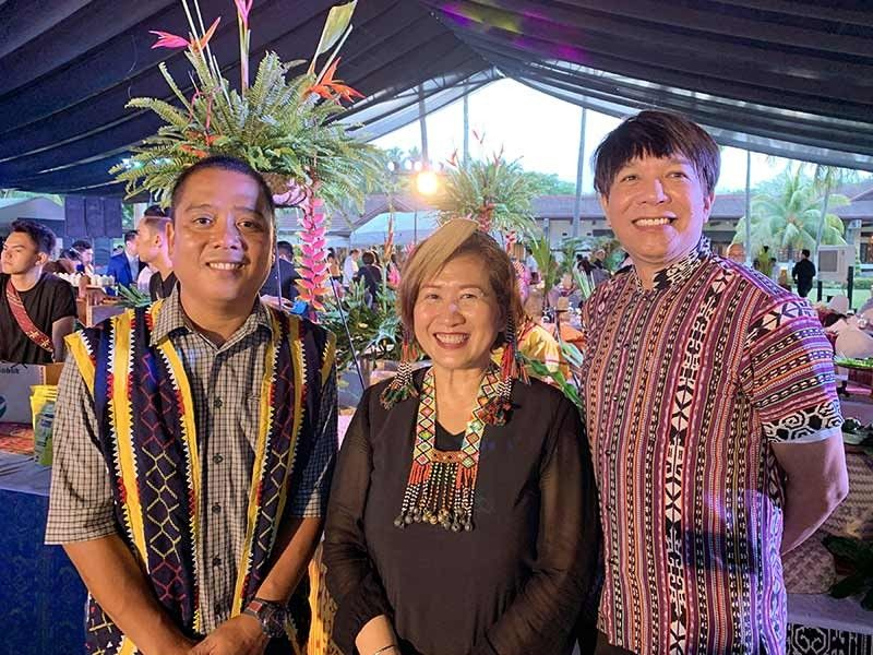 DAVAO. Tourism officers Julius Paner- Davao del Sur; Alma Bautista-Davao Occidental; & Noel Dacquioag- Davao del Norte. (Jinggoy I. Salvador)