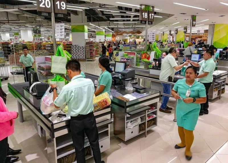 CEBU. Metro Supermarket, located at the basement of the fire-hit Metro building in Ayala Center Cebu, reopened on December 30, 2018. (File Photo)