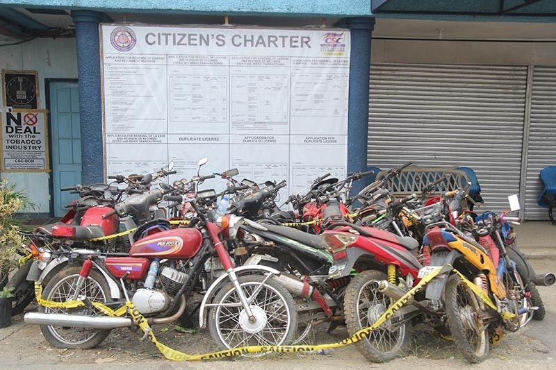 BAGUIO. Numerous confiscated motorcycles stay idle at the Land Transportation Office (LTO) Benguet District Office in Wangal La Trinidad. These motorcycles where either confiscated for lack of registration papers or reported stolen. (Photo by Jean Nicole Cortes)