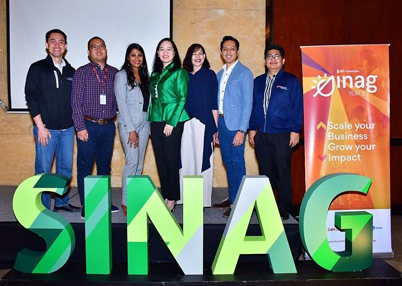 SINAG TEAM: Gikan sa wala: StartUp Village Director Carlo Calimon, BPI Direct BanKo Area Regional Manager Carlo Ragaza, Villgro Philippines CEO Priya Thachadi, BPI Foundation Executive Director Maricris San Diego, BPI Business Banking Vice President Jessymel Cruz, Globe Head of Citizenship Miguel Bermundo, and Bayan Aca­demy for Social Entrepreneurship ugd Human Resource Management Executive Director Philip Felipe. (Tampo)