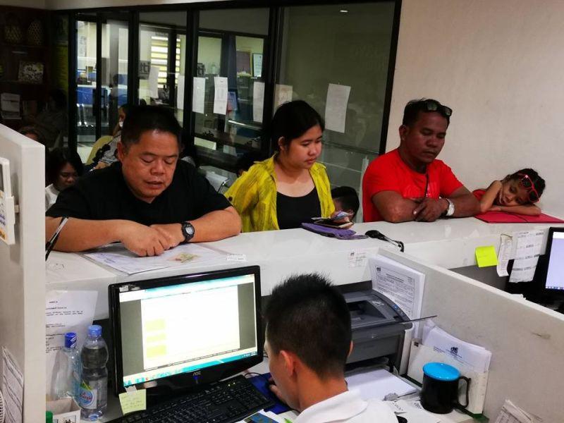 BACOLOD. Enterprise owners process their business name registration at the Negosyo Center in Bacolod City. (Contributed Photo)