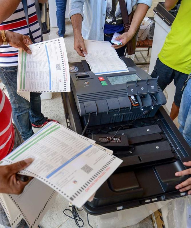 CEBU. A vote-counting machine (VCM) undergoes final testing in this photo taken on May 10, 2019. (Photo by Arni Aclao/SunStar Cebu)