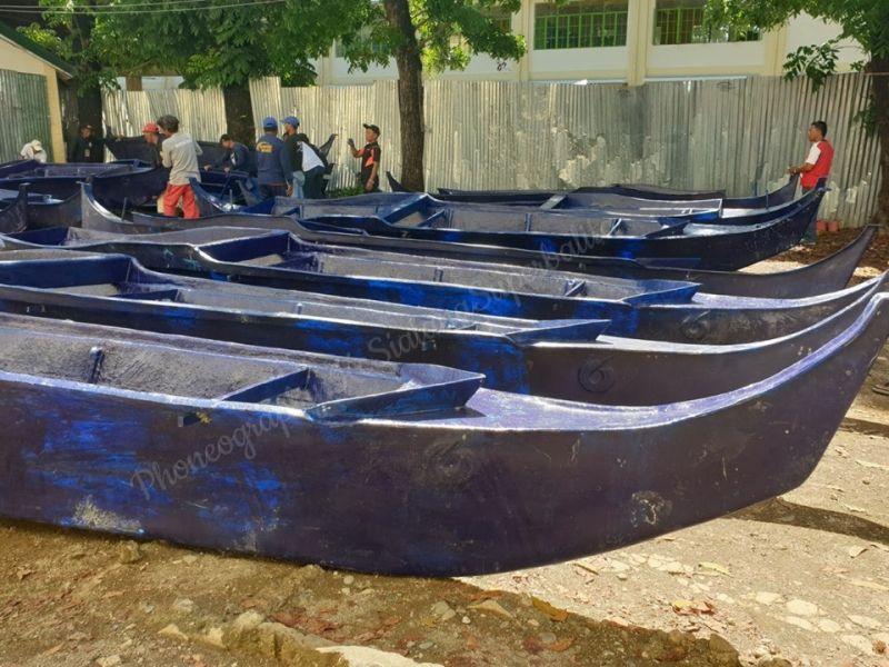 CAGAYAN DE ORO. Ang nga gamit pangdagat nga naangkon sa nga benepisaryo sa coastal barangay sa siyudad sa Cagayan de Oro gikan sa Bureau of Aquatic Resources sa Northern Mindanao. (Kris C. Sialana)