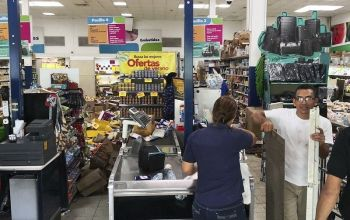 PANAMA. Some supermarket goods lie in the isles after an earthquake in Puerto Armuelles, Panama, Sunday, May 12, 2019. Authorities had no reports of serious damage or injuries more than two hours after the 6.1 magnitude earthquake struck a lightly populated area of Panama near its border with Costa Rica. (AP Photo)