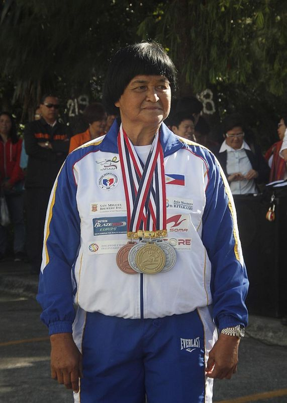 BAGUIO. Erlinda Lavandia, despite her age, recently bagged four gold medals in the Singapore Masters Athletics' 40th Anniversary Track and Field Tourney last weekend. SSB file photo