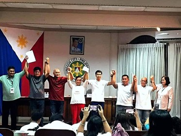 GINGOOG. Proclaimed winners of the Gingoog City elections including neophyte Councilor Conrado `Anjun' Gomez, 2nd from left, who is former governor of the Fraternal Order of Eagles for Northern Mindanao Region (NMR-1). (Contributed Photo)