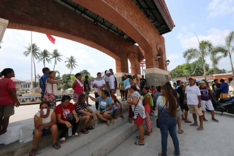 PAMPANGA. Supporters of former Mayor Romy Pecson gather at the town's plaza for the past two days. The local government of Magalang has suspended work last Tuesday, May 14, due to