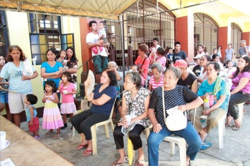 BACOLOD. Members of the San Isidro Labrador Parish who came to avail themselves of the free consultation and medicines during the medical mission of the South Bacolod General Hospital and Medical Center Inc. (Contributed photo)