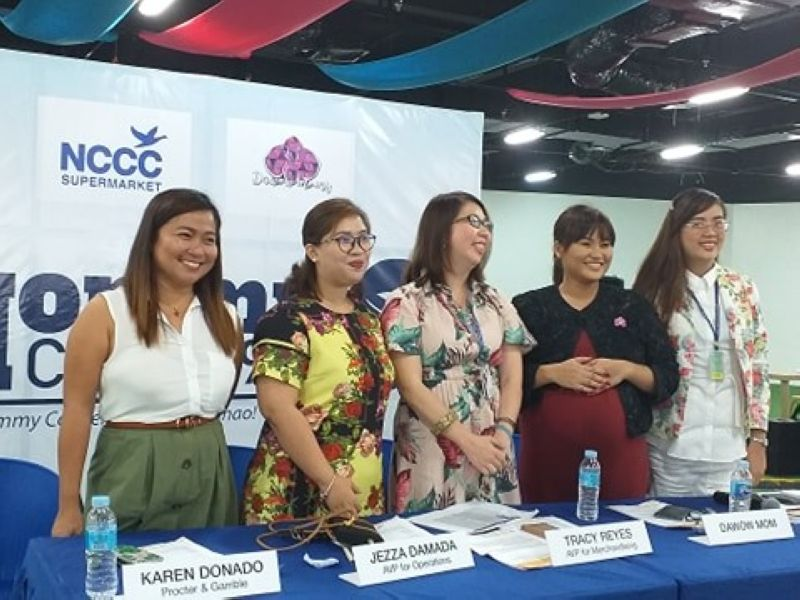 DAVAO. Mommy Convention Media Conference guests, from left: Karen Donado of Procter & Gamble; Jezza Damada, NCCC Supermarket AVP for Operations; Tracy Reyes, NCCC Supermarket AVP for Merchandizing; Axle Rose Clapano, one of Dawow (a mommy support group) moderators; and Desiree Maglanoc of LTS Malls, Inc. (Photo by Cristina E. Alivio)