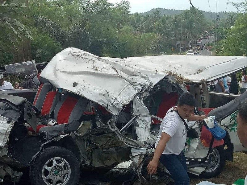 LEYTE. A deadly collision caused a vehicle to overturn, killing at least eight people in Babatngon, Leyte, Friday, May 17. (Photo by Ioannes Paulus Omang)