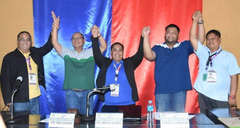 ZAMBOANGA. Governor Wilter Yap Palma of Zamboanga Sibugay (2nd from left) and his son, first district Congressman Wilter Wee Palma II (2nd from right), were proclaimed winners in Monday's mid-term polls. (Contributed photo)