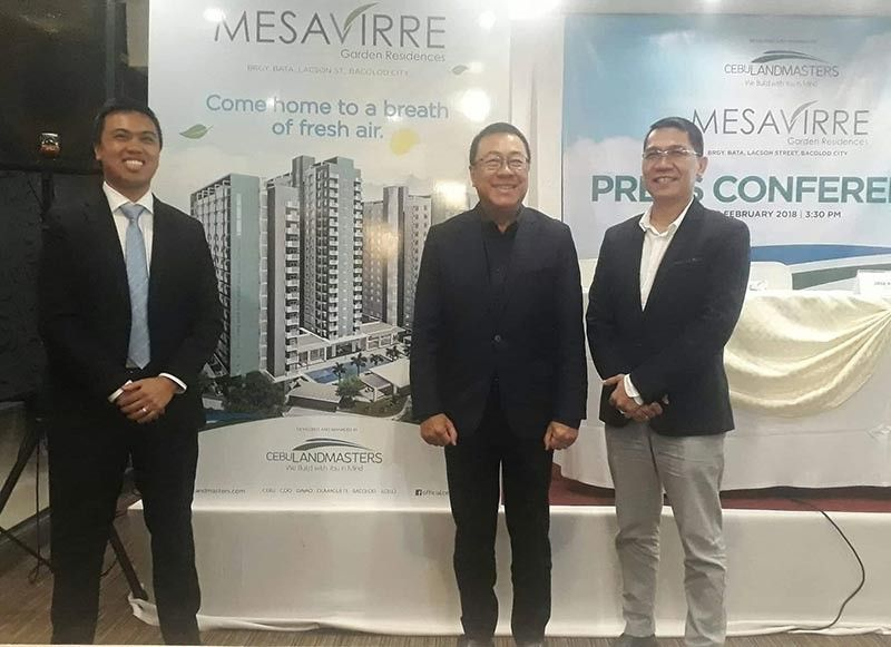 BACOLOD. Cebu Landmasters Inc. chairman and CEO Jose Soberano III (center), executive vice president and COO Jose Franco Soberano (left) and architect Mike Torres during the unveiling of P1.5 billion worth of condominium project in Bacolod City last year. (SunStar file photo)