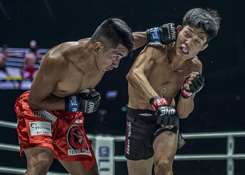 SINGAPORE. With his highly improved striking, Geje Eustaquio marched his way to another victory and put him on the waiting list as an alternate for the ONE Flyweight World Grand Prix after edging South Korean newcomer Kim Kyu Sung. (ONE Photo)